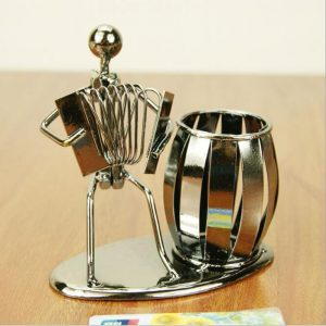 Antikcart Stylish Musician Figurine Handcrafted Pen Stand