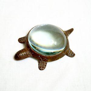 Antikcart Tortoise antique finish brass Paper Weight cum Magnifier