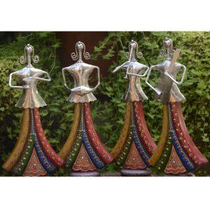 Chorus Metal Handicraft Classic Female Musician Band Figurines by Antikcart 01