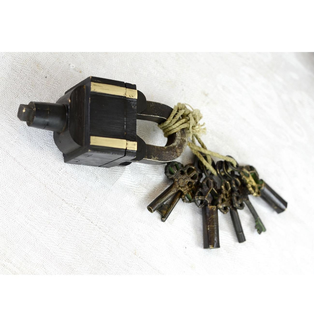 Vintage Brass Antique Lock With 3 Keys Antikcart