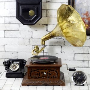 Antikcart Vintage Carved Base Brass Gramophone