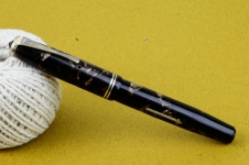 vintage-england-wyven-51-lever-filler-fountainpen-14CT-gold-F-nib