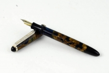 vintage-ERO-german-made-piston-filler-fountain-pen-semi-flex-Fine-nib-1950s