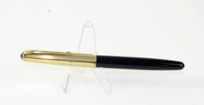 vintage-conway-stewart-87-vacuum-filler-fountain-pen-with-14KT-gold-semi-flex-nib-10k-gold-filled-cap