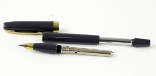 vintage-sheaffer-imperial-touchdown-III-dualtone-conical-fude-calligraphy-nib-1960