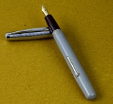 vintage-platignum-lever-filler-fountain-pen-14CT-hoover-M-nib-Made-in-england