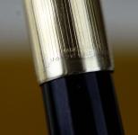 vintage-parker-51-aerometric-filler-fountain-pen-14CT-gold-nib-110-12K-rolled-barrel