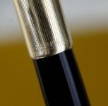 vintage-parker-51-aerometric-filler-fountain-pen-14K-gold-nib-USA-made-12K-rolled-barrel