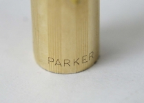 vintage-Parker-61-gold-filled-barrel-aerometric-filler-fountain-pen-1970