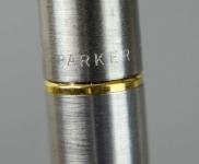 vintage-parker-45-flighter-steel-barrel-fountain-pen-14K-gold-nib