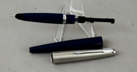 vintage-parker-45-fountain-pen-with-steel-Fine-nib-USA