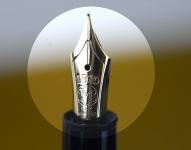 Vintage-montblanc-meisterstuck-LeGrand-146-piston-filler-fountain-pen-1980-Fine-nib-montblanc-4810-14CT-Gold-nib