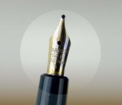 Parker-slimfold-fountain-pen-england-made-14C-gold-B-nib
