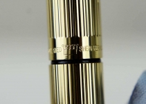 Vintage-Sheaffer-Targa-1005-Gold-Plated-fountain-14K-solid-gold-Broad-nib