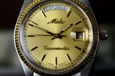 vintage-Mido-Commander-swiss-made-automatic-day-date-wrist-watch