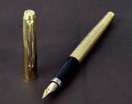 Vintage-Parker-75-diamante-gold-filled-barrel-fountain-pen-18K-750-F-solid-gold-nib