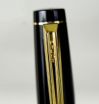 vintage-pillot-Elite-full-size-fountain-pen-with-14K-solid-gold-Fine-nib