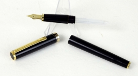 vinter-pilot-fountain-pen-14K-solid-gold-M-nib-Japan