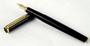 vinter-pilot-fountain-pen-14K-solid-gold-Medium-nib-Japan-made