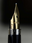 vintage-parker-75-sterling-silver--original-fountain-pen-14K-solid-gold-M-nib-USA-made