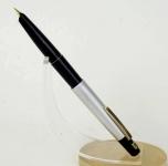 vintage-pilot-namiki-spring-clip-fountain-pen-14k-gold-fine-nib-Japan